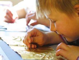 pädagogische Dauerausstellung - Es ist nicht alles Gold was glänzt