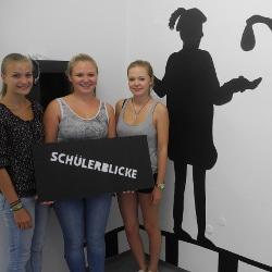 Schüler bei der Buchvorstellung mit Dr. Ernst Schütz