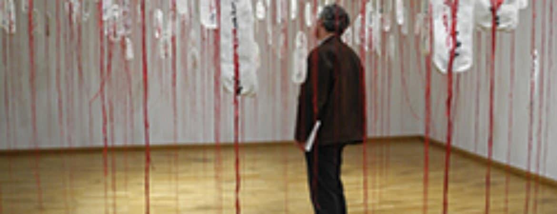 "Exemplar aus ""Stille Angst – Leise Hoffnung"" im Stadtmuseum Deggendorf"