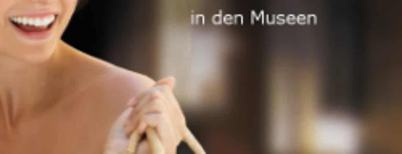 """Plakat """"Nachtschwärmer in den Museen"""" im Stadtmuseum Deggendorf"""