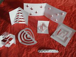 Experimente mit Papier aus dem STadtmuseum Deggendorf
